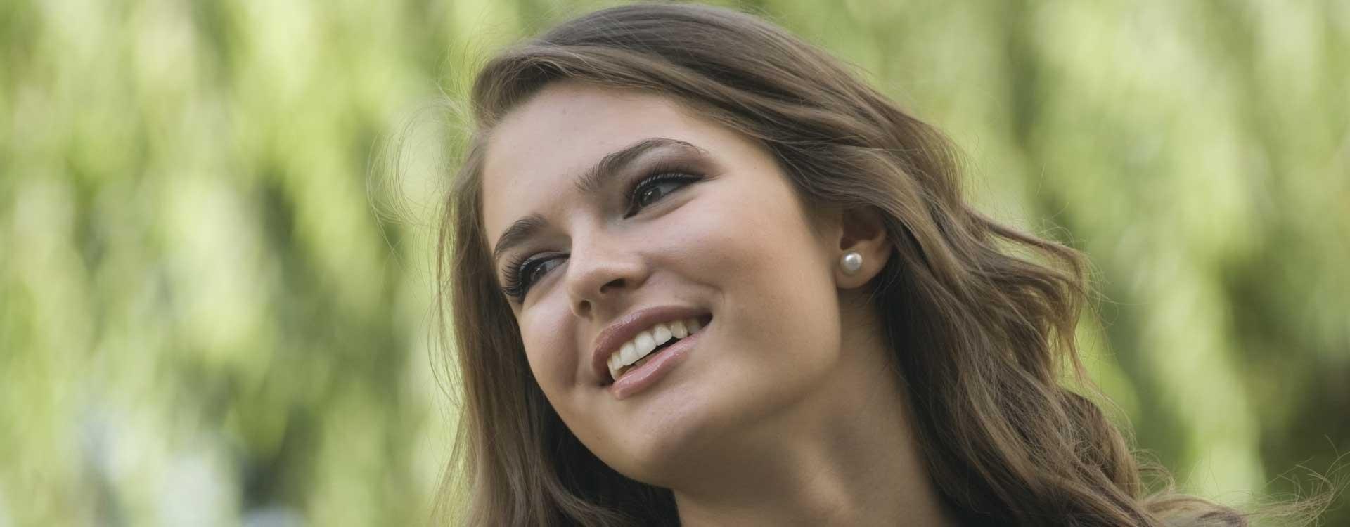 Protesi capelli donna: soluzione all'alopecia femminile